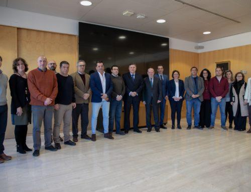 Los alcaldes de la Sierra Morena de Sevilla se reúnen con Diputación, Junta y Telefónica para tratar las constantes caídas de red en la comarca