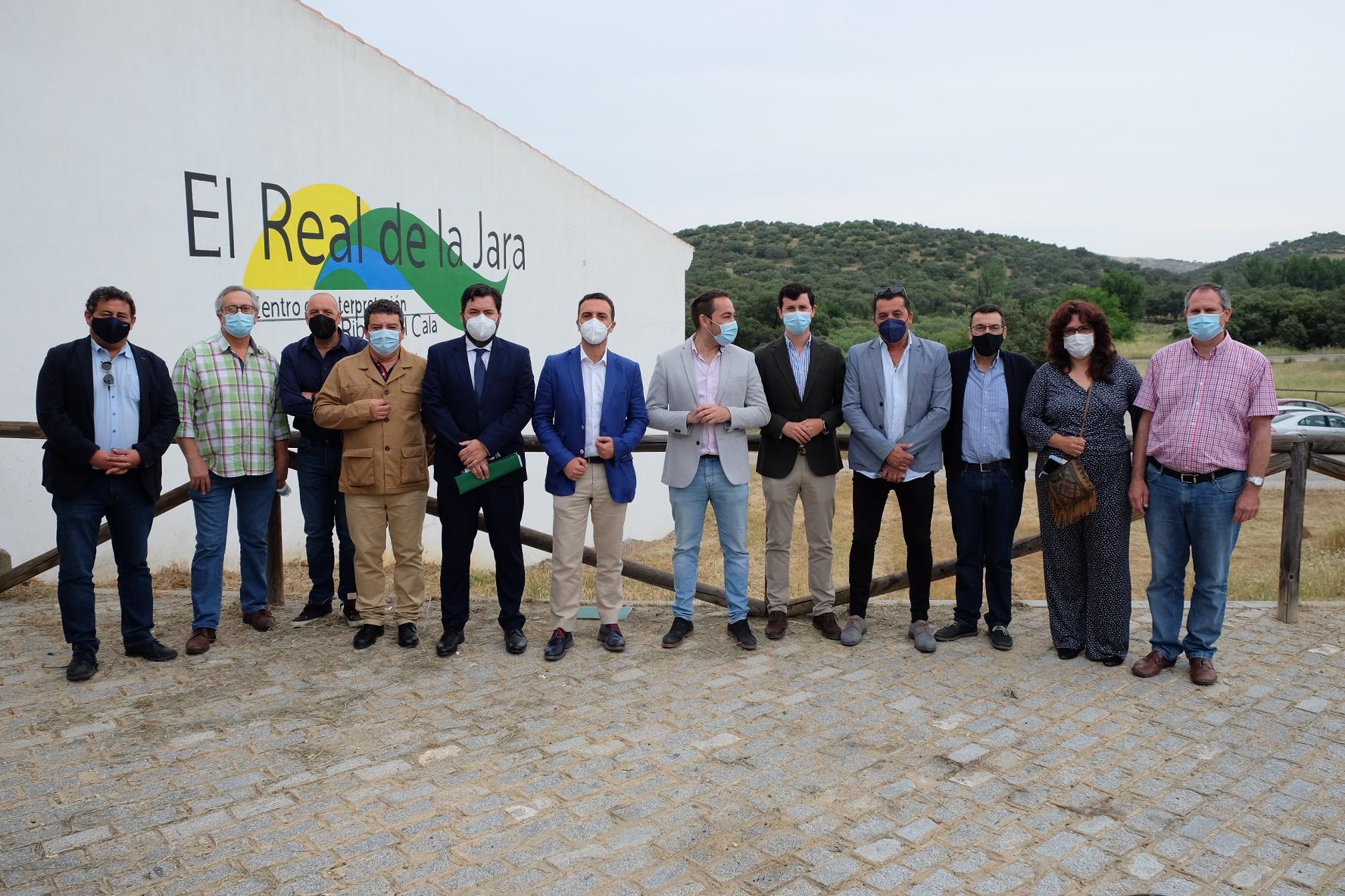 La Junta tiende la mano en la lucha contra la despoblación en la Sierra Morena de Sevilla